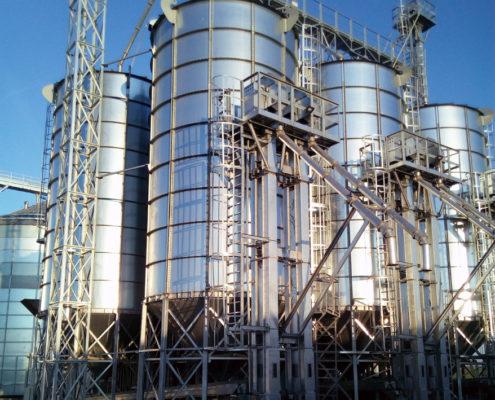 Силосы зерновые конические гладкостенные